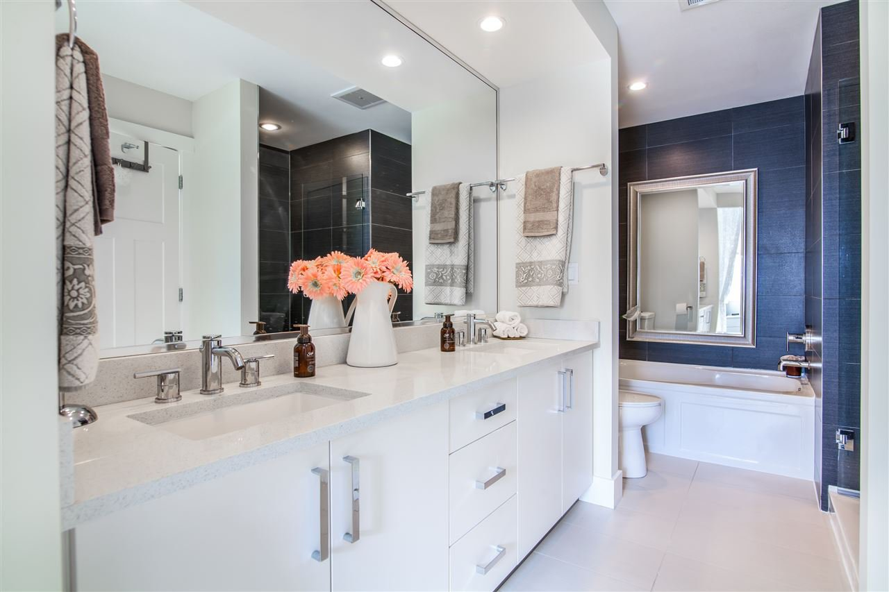 """Photo 4: Photos: 34 14877 60 Avenue in Surrey: Sullivan Station Townhouse for sale in """"Lumina"""" : MLS®# R2348952"""