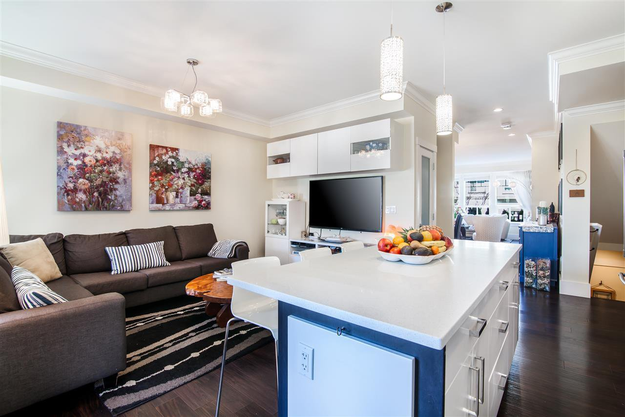 """Photo 15: Photos: 34 14877 60 Avenue in Surrey: Sullivan Station Townhouse for sale in """"Lumina"""" : MLS®# R2348952"""