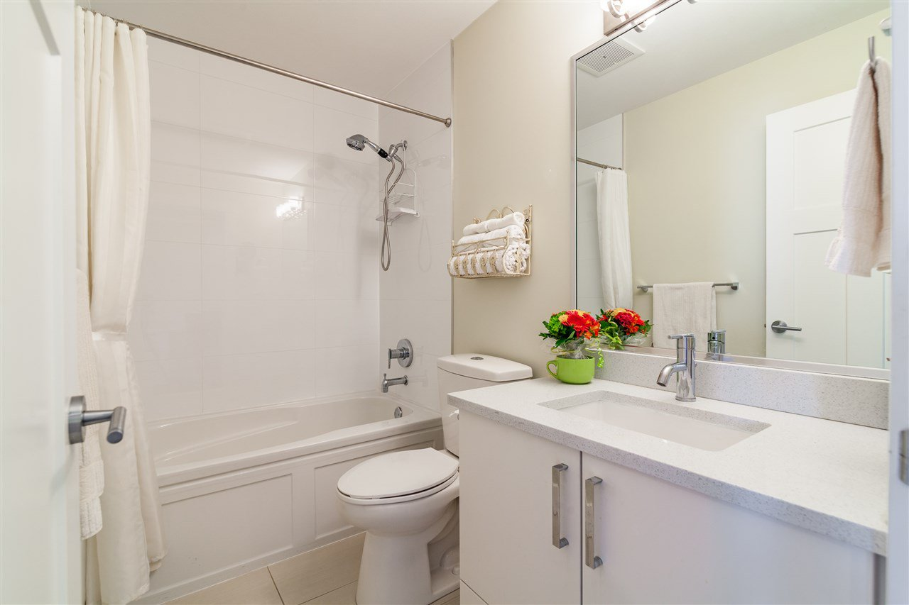 """Photo 11: Photos: 34 14877 60 Avenue in Surrey: Sullivan Station Townhouse for sale in """"Lumina"""" : MLS®# R2348952"""