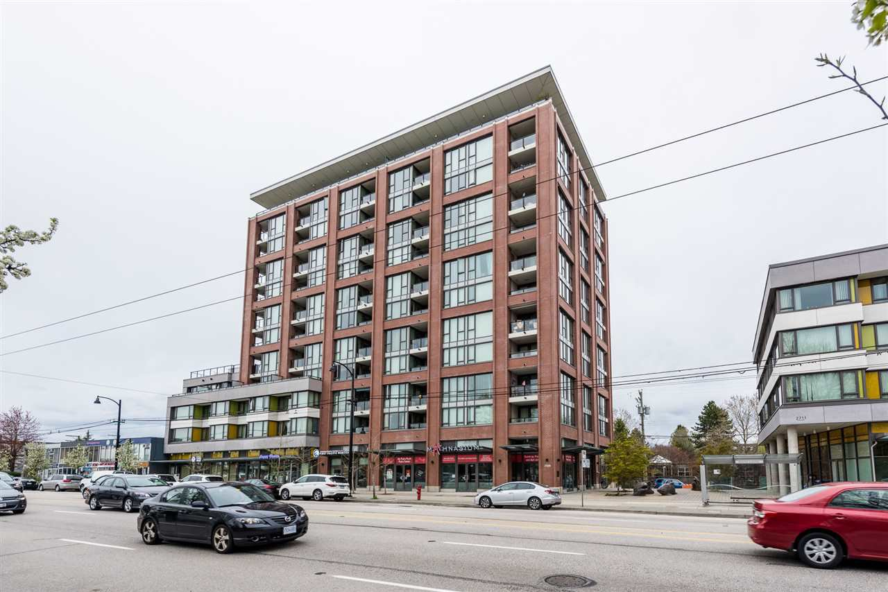 "Main Photo: 502 2689 KINGSWAY in Vancouver: Collingwood VE Condo for sale in ""SKYWAY TOWER"" (Vancouver East)  : MLS®# R2355485"