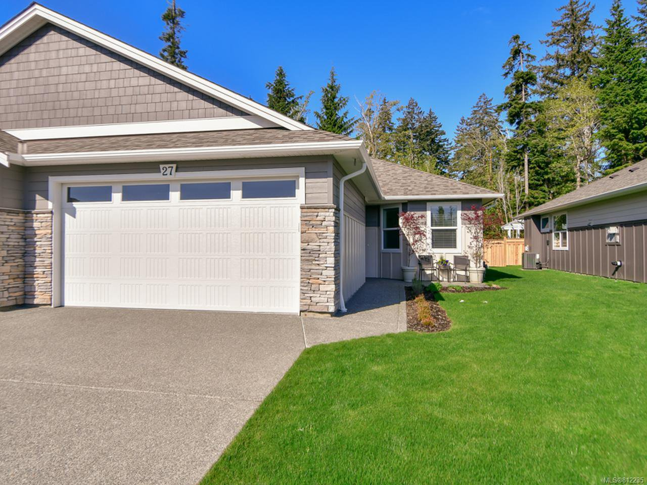 Main Photo: 27 2000 TREELANE ROAD in CAMPBELL RIVER: CR Campbell River West Row/Townhouse for sale (Campbell River)  : MLS®# 812235