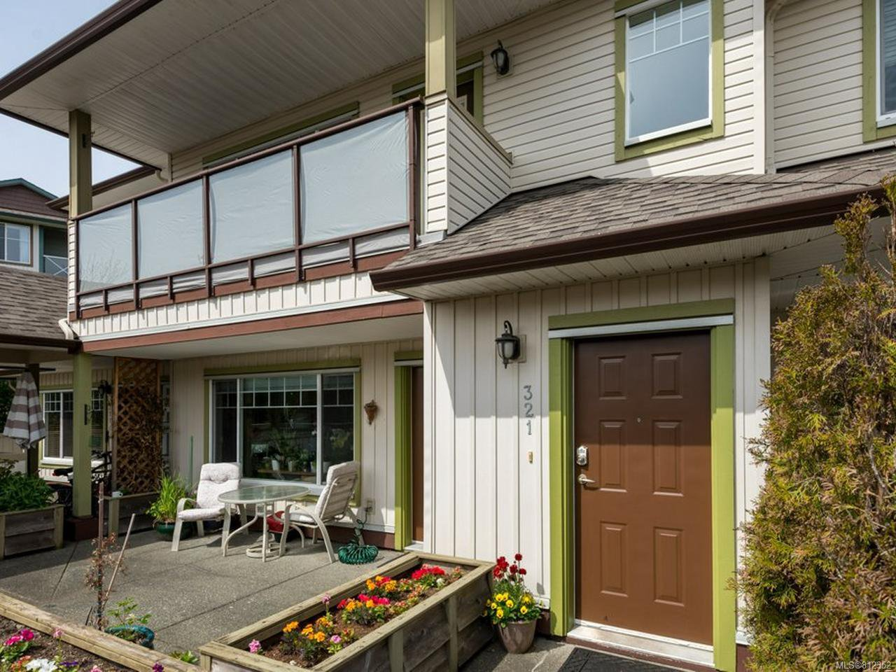Main Photo: 321 930 BRAIDWOOD ROAD in COURTENAY: CV Courtenay East Row/Townhouse for sale (Comox Valley)  : MLS®# 812352