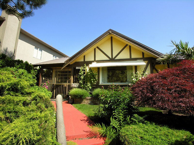 Main Photo:  in Vancouver: South Vancouver Home for sale ()  : MLS®# V770088