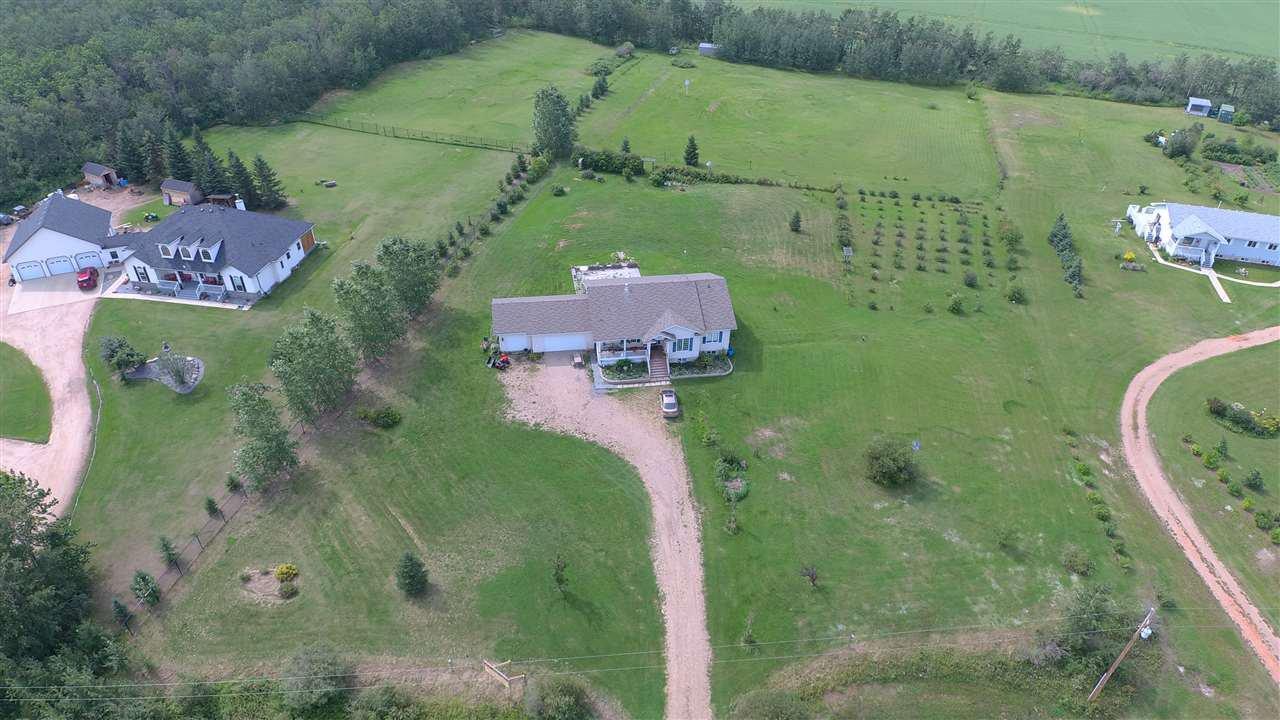 Main Photo: 69 HILLSBOROUGH Heights: Rural Sturgeon County House for sale : MLS®# E4167414