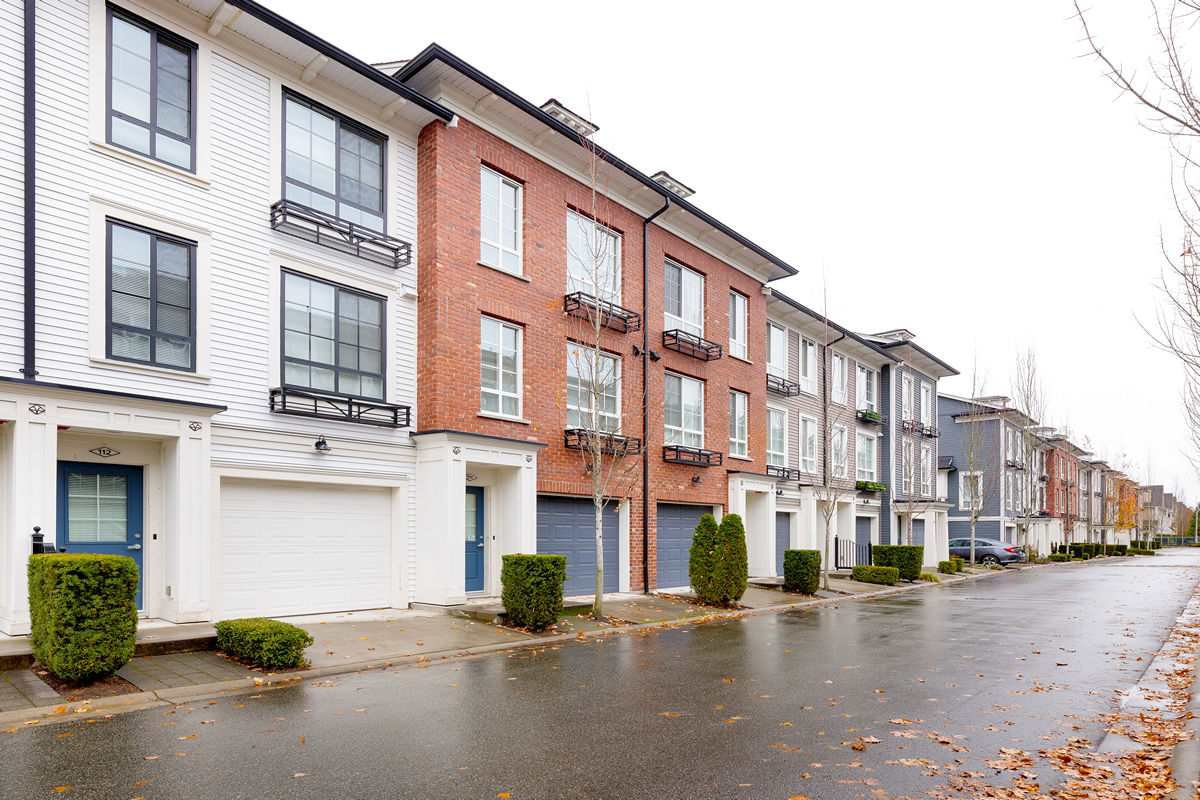 Main Photo: 111 2428 NILE Gate in Port Coquitlam: Riverwood Townhouse for sale : MLS®# R2517702