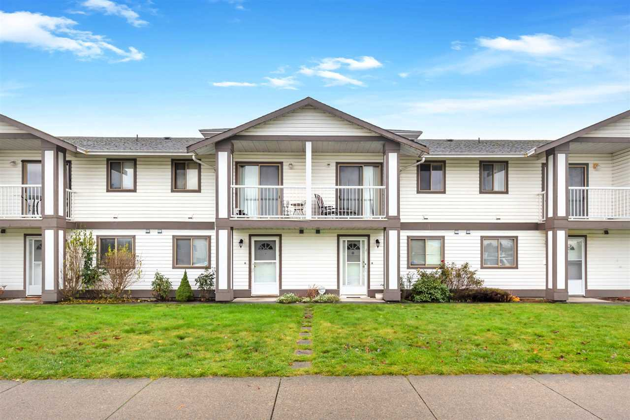 Main Photo: 3 46294 FIRST Avenue in Chilliwack: Chilliwack E Young-Yale Townhouse for sale : MLS®# R2518848