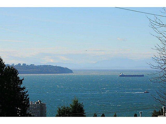 Main Photo: 2171 OTTAWA AV in West Vancouver: Dundarave House for sale : MLS®# V1036424