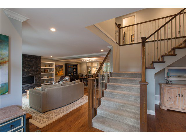 "Photo 4: Photos: 1128 TALL TREE Lane in North Vancouver: Canyon Heights NV House for sale in ""CANYON HEIGHTS"" : MLS®# V1043343"