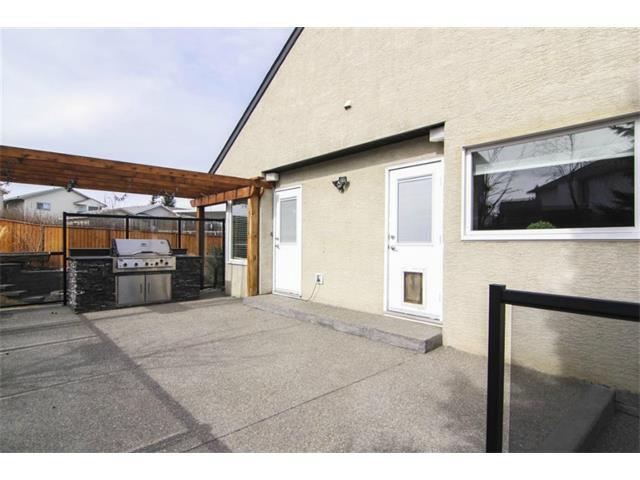 Photo 32: Photos: 25 HARVEST GLEN Court NE in Calgary: Harvest Hills House for sale : MLS®# C3650291