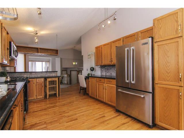 Photo 12: Photos: 25 HARVEST GLEN Court NE in Calgary: Harvest Hills House for sale : MLS®# C3650291