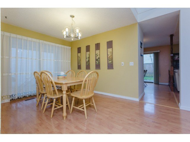 """Photo 4: Photos: 9584 155TH Street in Surrey: Fleetwood Tynehead House for sale in """"BRIARWOOD"""" : MLS®# F1431535"""