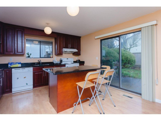 """Photo 7: Photos: 9584 155TH Street in Surrey: Fleetwood Tynehead House for sale in """"BRIARWOOD"""" : MLS®# F1431535"""