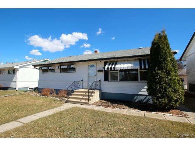 Main Photo: 18 Maywood Road in WINNIPEG: Windsor Park / Southdale / Island Lakes Residential for sale (South East Winnipeg)  : MLS®# 1508784