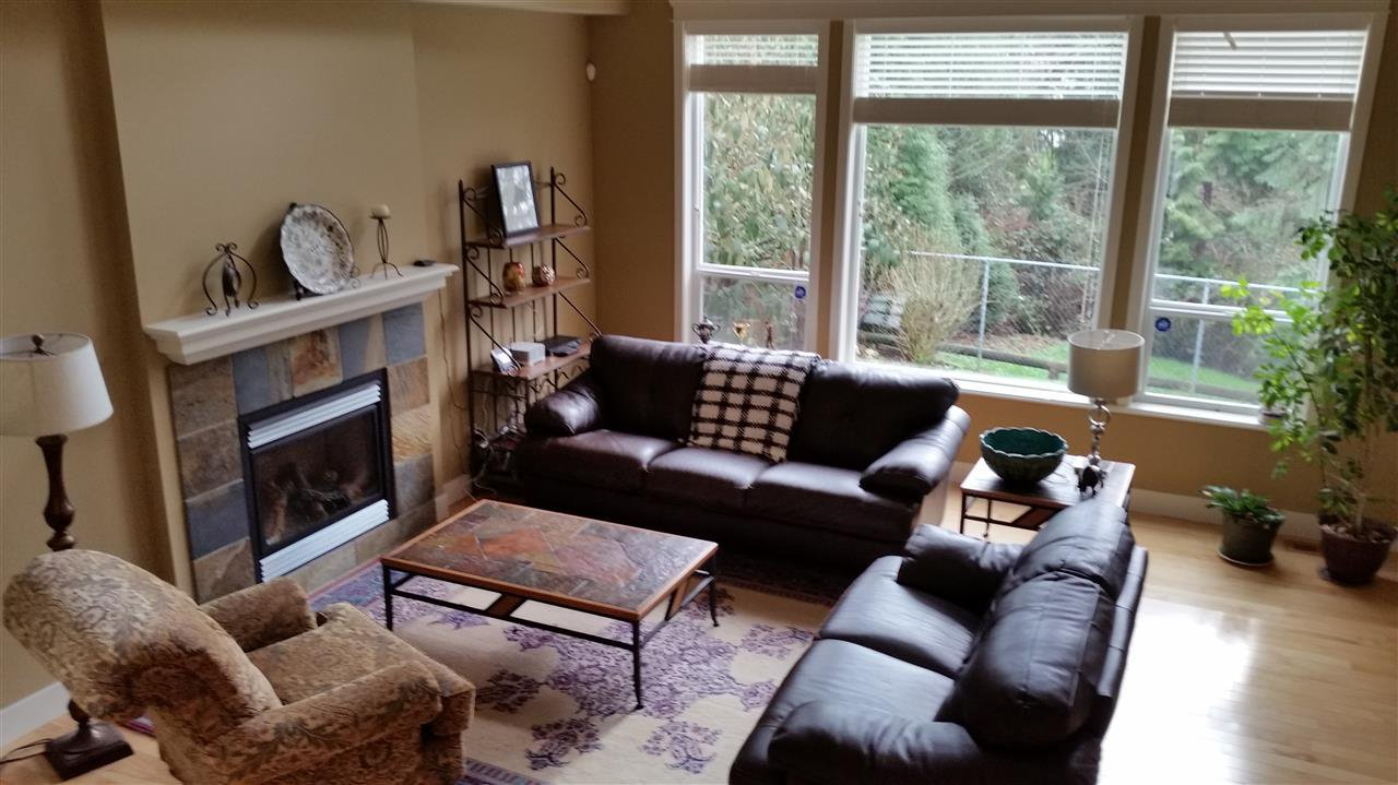 Photo 2: Photos: 11768 237A Street in Maple Ridge: Cottonwood MR House for sale : MLS®# R2044375