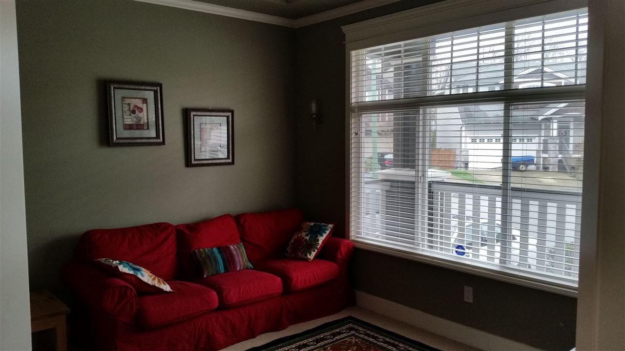 Photo 9: Photos: 11768 237A Street in Maple Ridge: Cottonwood MR House for sale : MLS®# R2044375