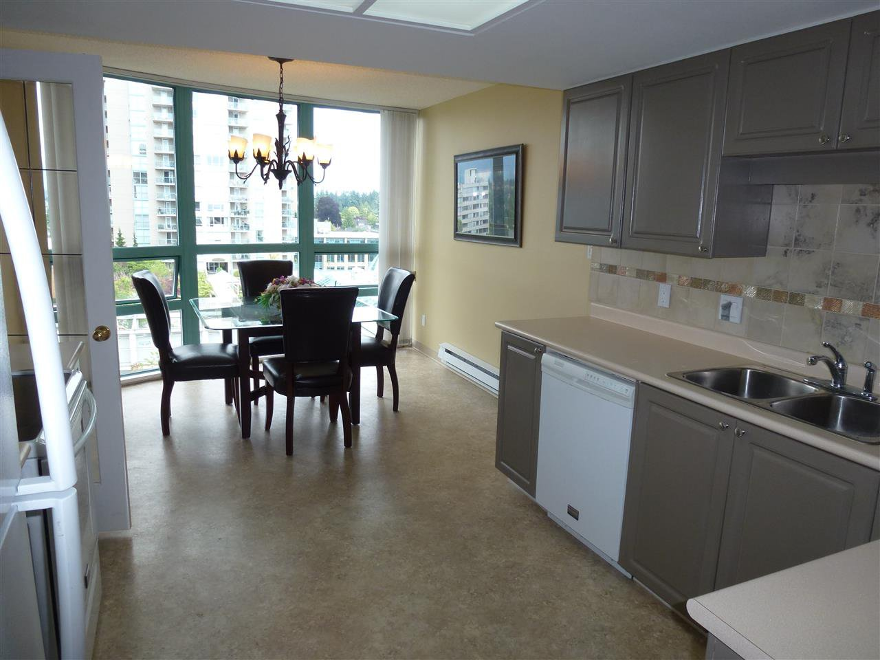Photo 4: Photos: 904 728 PRINCESS Street in New Westminster: Uptown NW Condo for sale : MLS®# R2090233