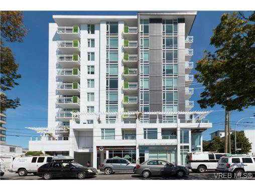 Main Photo: 802 1090 Johnson St in VICTORIA: Vi Downtown Condo Apartment for sale (Victoria)  : MLS®# 740685