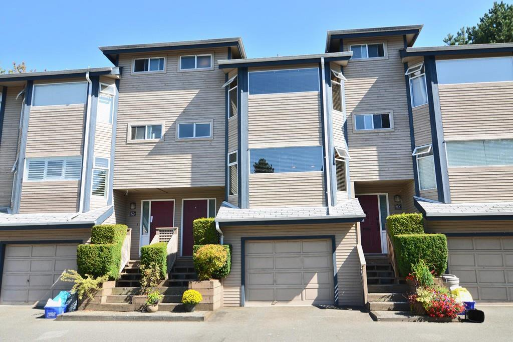 Main Photo: 51 1195 FALCON Drive in Coquitlam: Eagle Ridge CQ Townhouse for sale : MLS®# R2103325