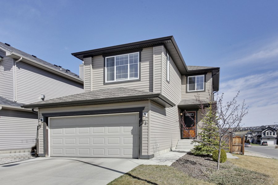 Main Photo: 3 Tuscany Reserve Bay NW in Calgary: House for sale : MLS®# C4008936