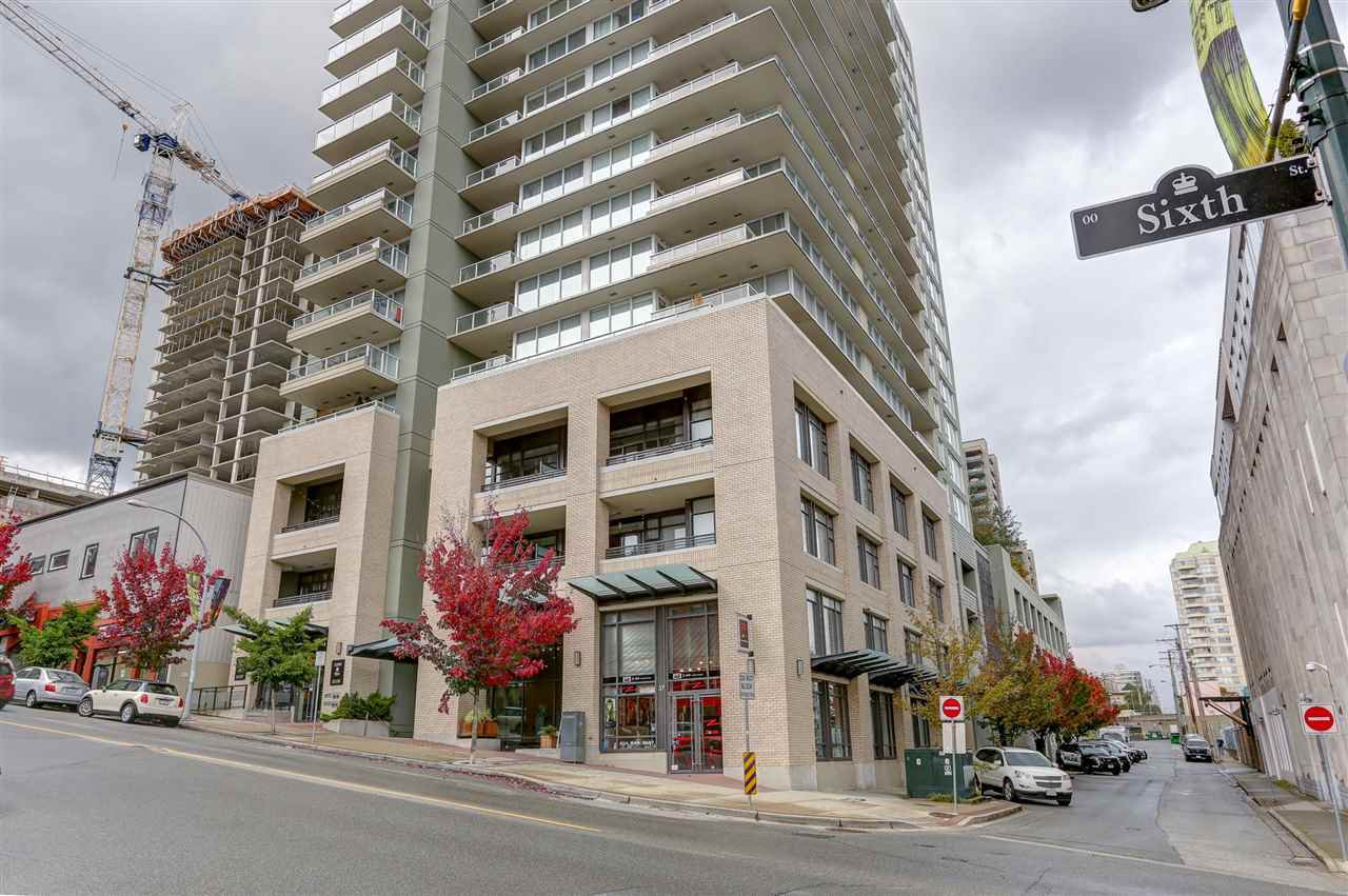 "Main Photo: 602 39 SIXTH Street in New Westminster: Downtown NW Condo for sale in ""QUANTUM"" : MLS®# R2113426"