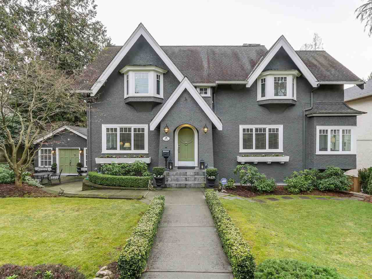 "Main Photo: 2826 W 49TH Avenue in Vancouver: Kerrisdale House for sale in ""Kerrisdale"" (Vancouver West)  : MLS®# R2135644"