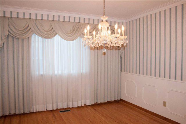 Photo 7: Photos: 1473 Willowdown Road in Oakville: Bronte East House (Backsplit 4) for lease : MLS®# W3725176