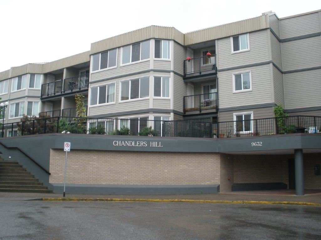 "Main Photo: 102 9632 120A Street in Surrey: Cedar Hills Condo for sale in ""CHANDLER'S HILL"" (North Surrey)  : MLS®# R2173248"