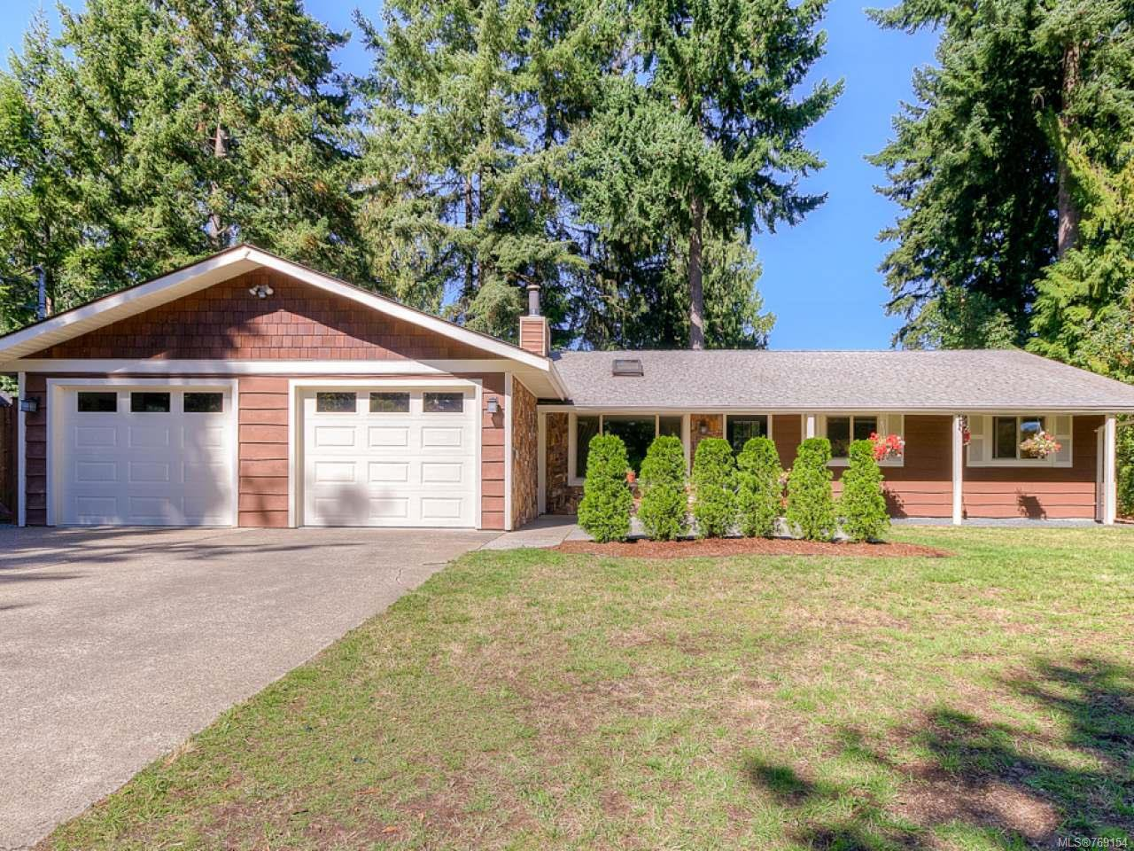 Main Photo: 1825 Amelia Cres in NANOOSE BAY: PQ Nanoose House for sale (Parksville/Qualicum)  : MLS®# 769154