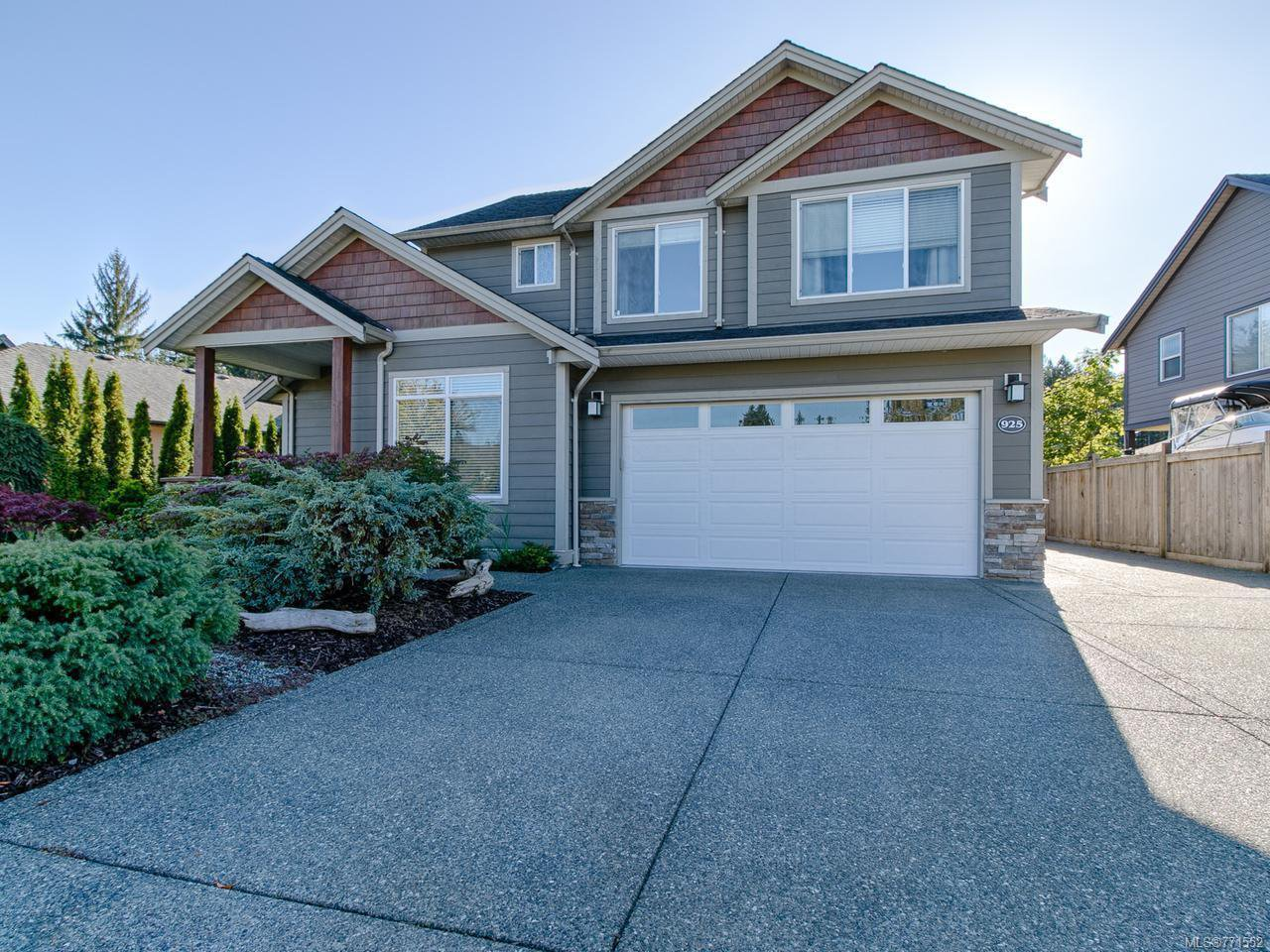 Main Photo: 925 Heritage Meadow Dr in CAMPBELL RIVER: CR Campbell River Central House for sale (Campbell River)  : MLS®# 771552