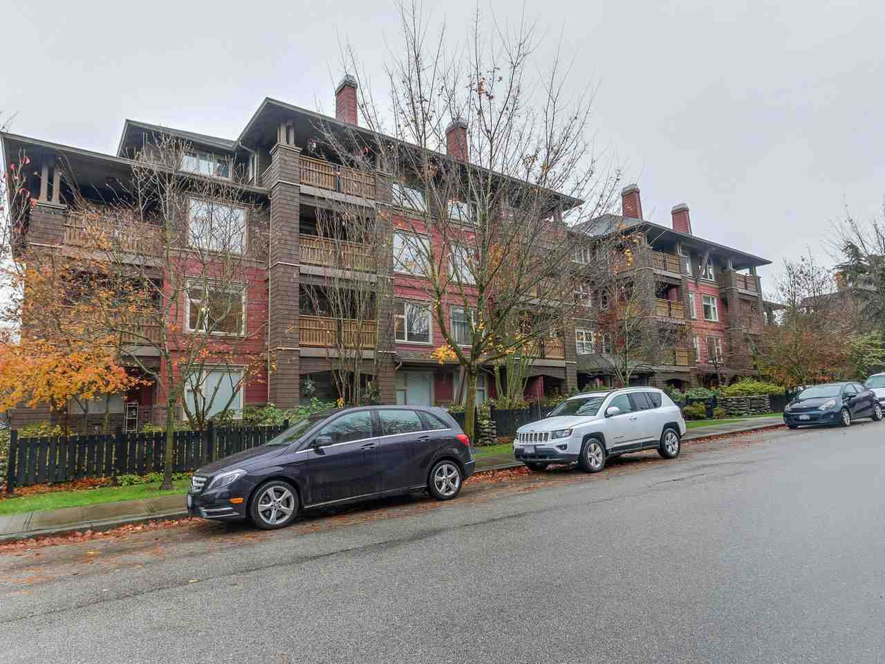"""Main Photo: 109 675 PARK Crescent in New Westminster: GlenBrooke North Condo for sale in """"THE WINCHESTER"""" : MLS®# R2224095"""