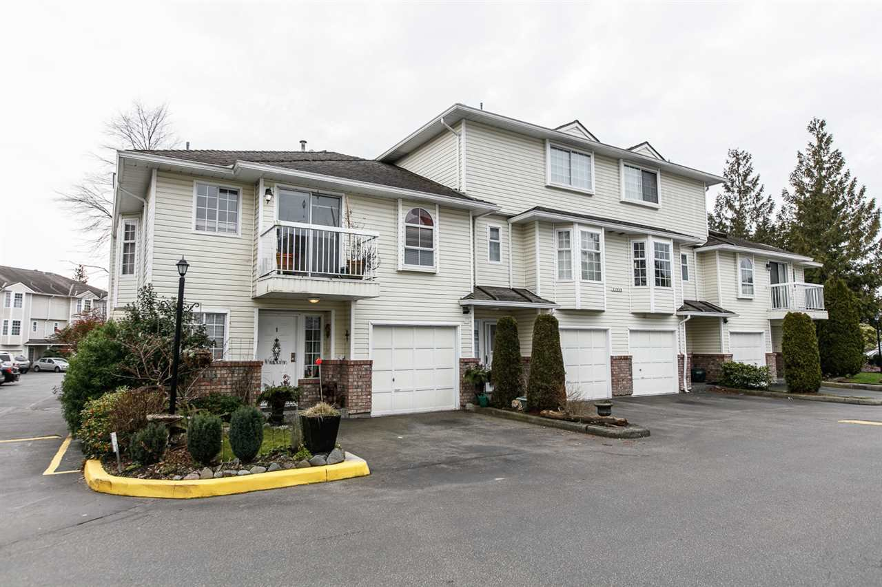 Main Photo: 1 13958 72 Avenue in Surrey: East Newton Townhouse for sale : MLS®# R2239062