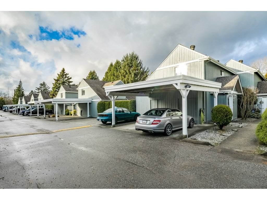 "Main Photo: 15 12334 224 Street in Maple Ridge: East Central Townhouse for sale in ""DEER CREEK PLACE"" : MLS®# R2328109"