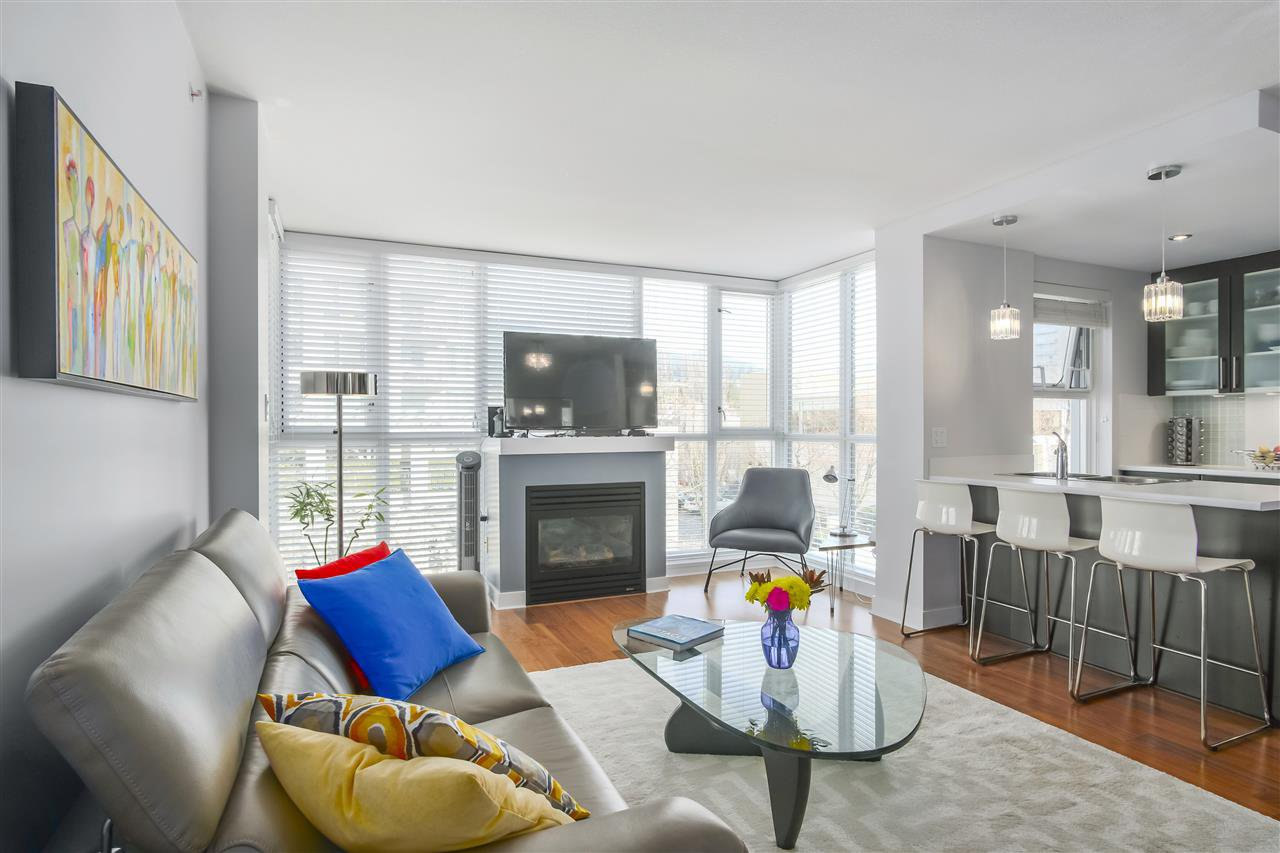 """Main Photo: 304 121 W 16TH Street in North Vancouver: Central Lonsdale Condo for sale in """"SILVA"""" : MLS®# R2354700"""