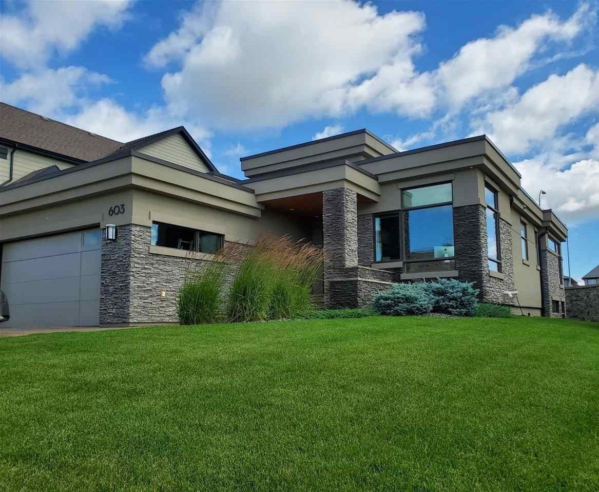 Main Photo: 603 HOWATT Drive in Edmonton: Zone 55 House for sale : MLS®# E4186473