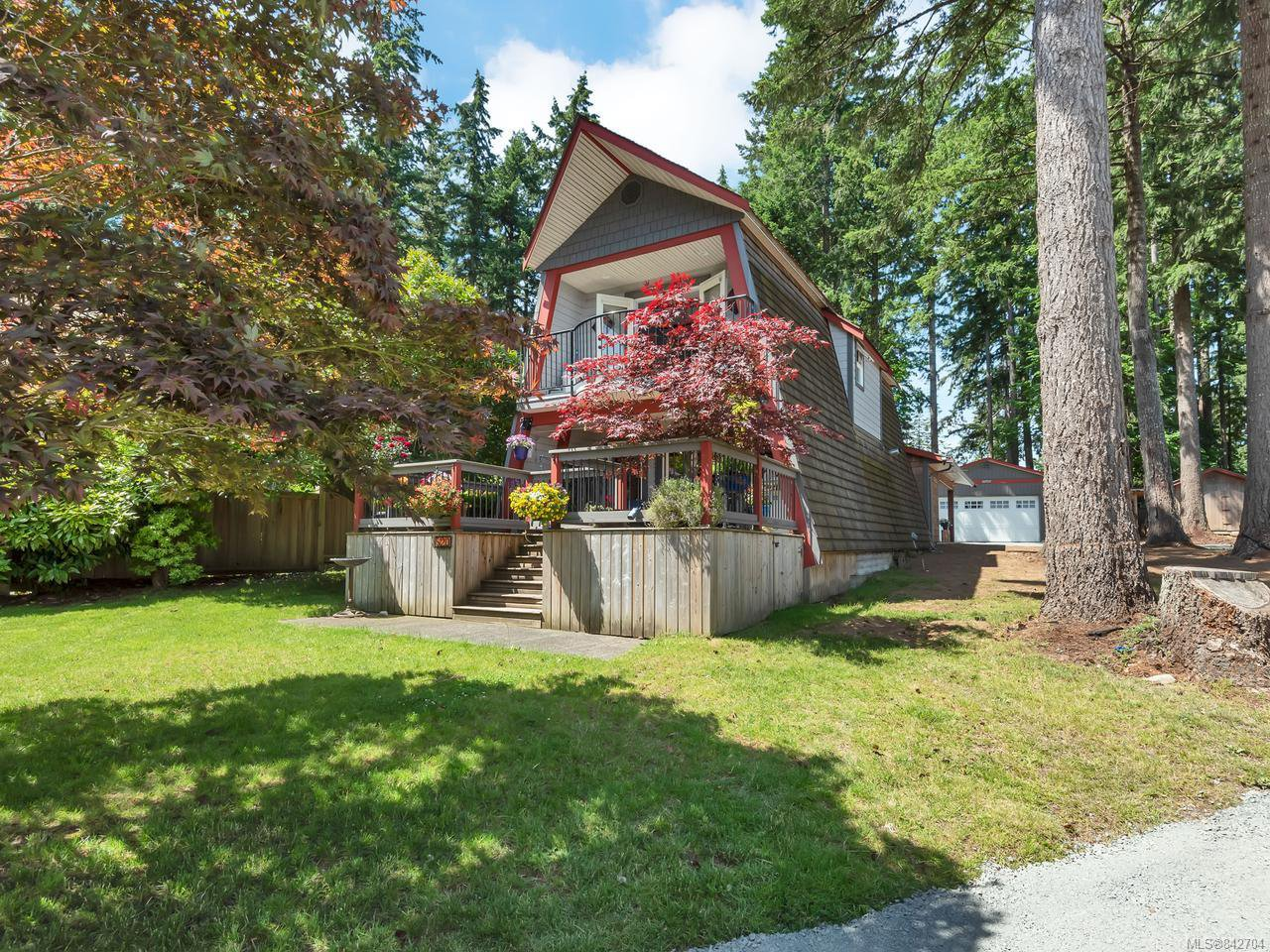 Main Photo: 520 Old Petersen Rd in CAMPBELL RIVER: CR Campbell River West House for sale (Campbell River)  : MLS®# 842704