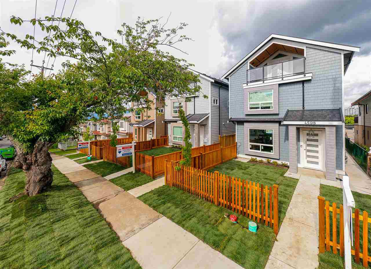 Main Photo: 4598 DUMFRIES Street in Vancouver: Knight 1/2 Duplex for sale (Vancouver East)  : MLS®# R2526011