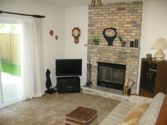 Photo 10: Photos: 10 Royal York Drive in WINNIPEG: River Heights / Tuxedo / Linden Woods Residential for sale (South Winnipeg)  : MLS®# 1113514