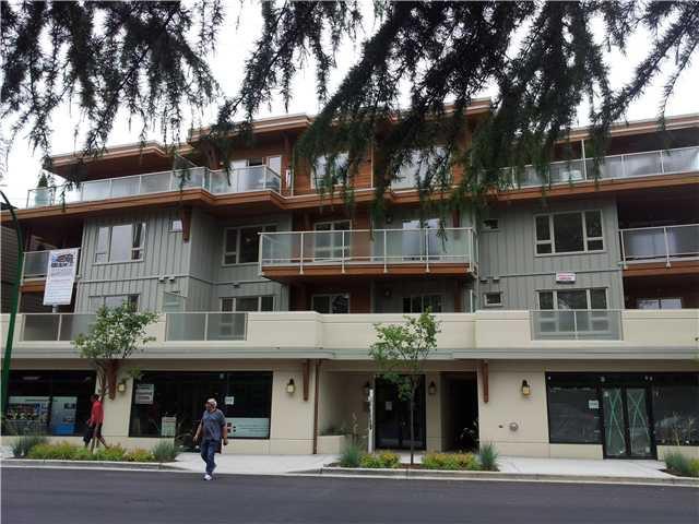 Main Photo: 302 2138 OLD DOLLARTON Road in North Vancouver: Seymour Condo for sale : MLS®# V979176