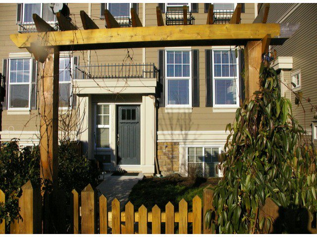 """Photo 2: Photos: 21139 80TH Avenue in Langley: Willoughby Heights Townhouse for sale in """"YORKVILLE"""" : MLS®# F1401445"""