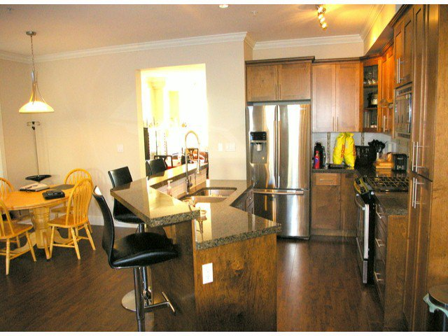 """Photo 4: Photos: 21139 80TH Avenue in Langley: Willoughby Heights Townhouse for sale in """"YORKVILLE"""" : MLS®# F1401445"""