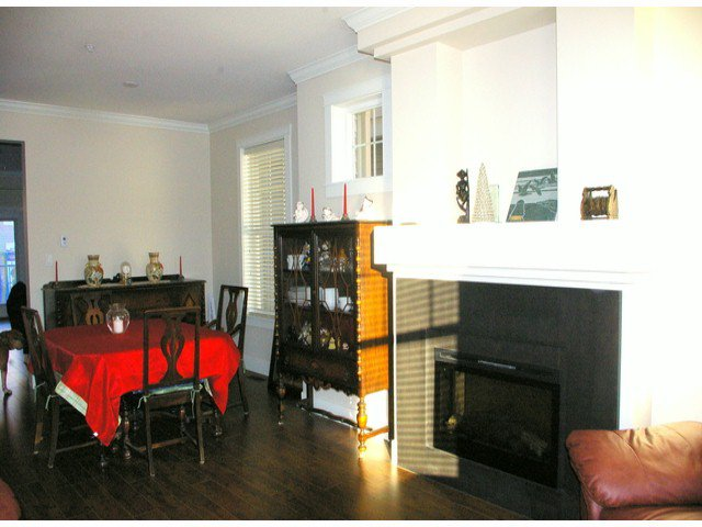 """Photo 11: Photos: 21139 80TH Avenue in Langley: Willoughby Heights Townhouse for sale in """"YORKVILLE"""" : MLS®# F1401445"""