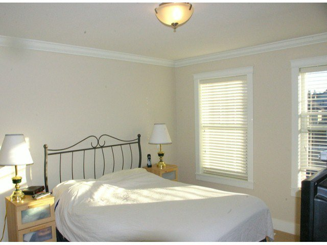 """Photo 15: Photos: 21139 80TH Avenue in Langley: Willoughby Heights Townhouse for sale in """"YORKVILLE"""" : MLS®# F1401445"""