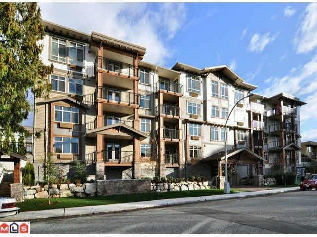 "Main Photo: 306 45665 PATTEN Avenue in Chilliwack: Chilliwack W Young-Well Condo for sale in ""SIERRA GRANDE"" : MLS®# R2091622"