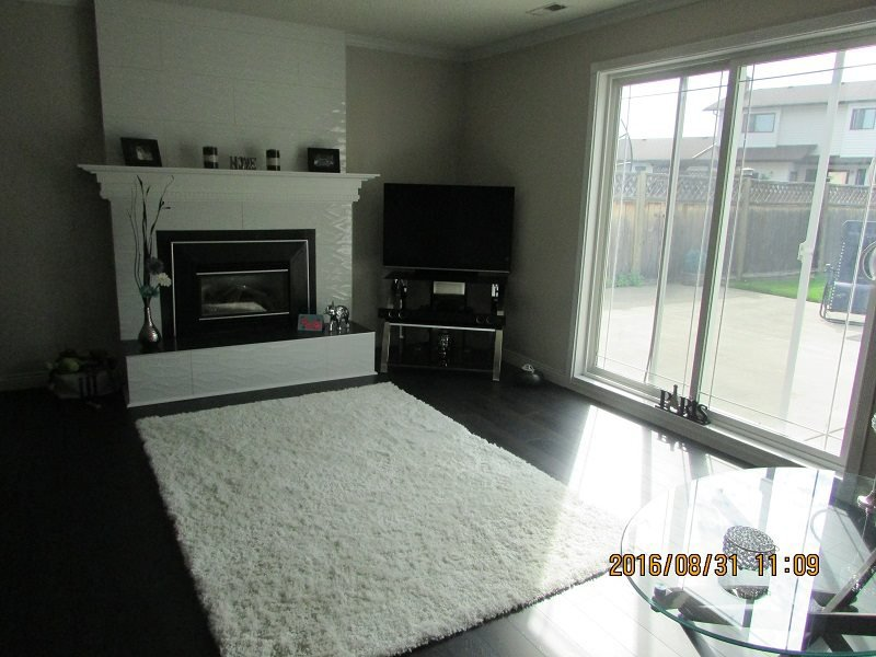 Photo 14: Photos: 3813 GRACE Crescent in Prince George: Pinecone House for sale (PG City West (Zone 71))  : MLS®# R2104874