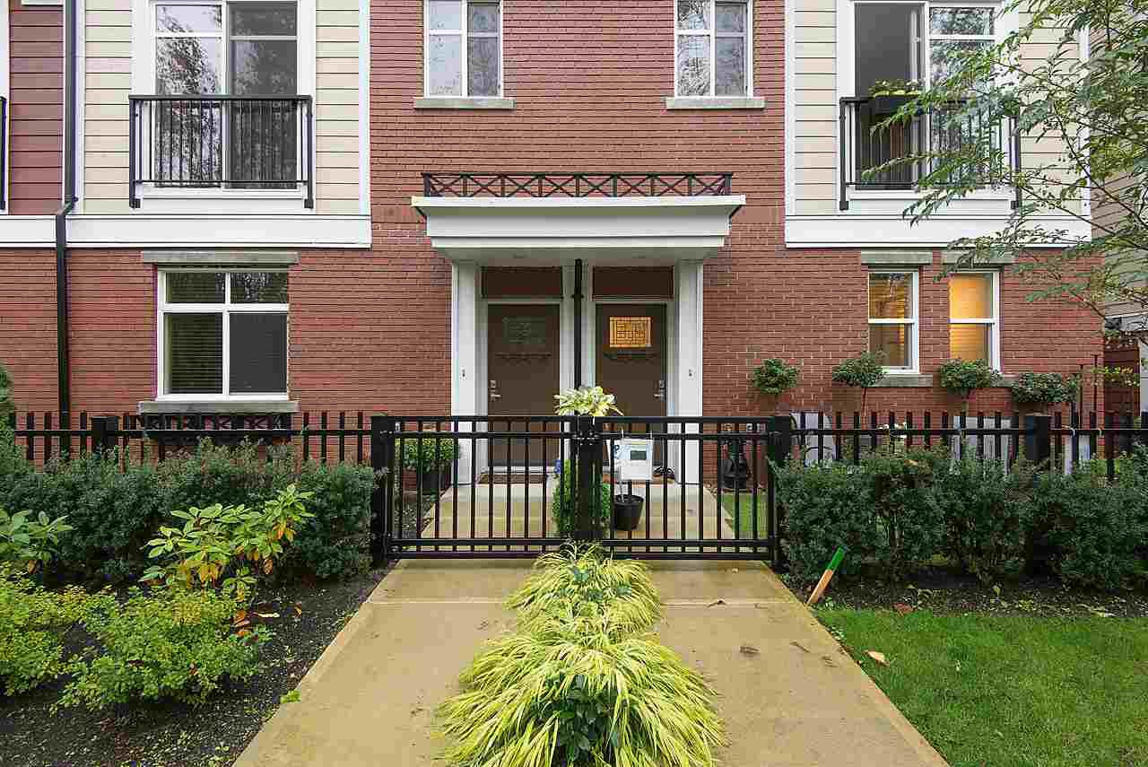 """Photo 2: Photos: 64 8068 207 Street in Langley: Willoughby Heights Townhouse for sale in """"Yorkson Creek - South"""" : MLS®# R2110691"""