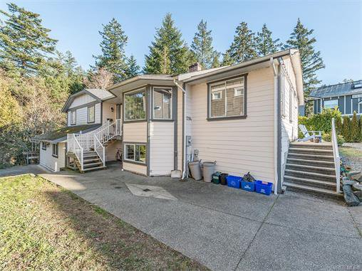 Main Photo: 2294 Nicki Place in VICTORIA: La Thetis Heights Single Family Detached for sale (Langford)  : MLS®# 373043