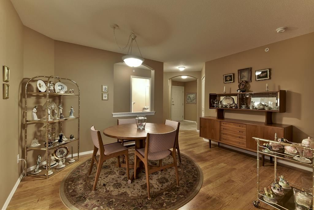 "Photo 9: Photos: 314 6336 197 Street in Langley: Willoughby Heights Condo for sale in ""THE ROCKPORT"" : MLS®# R2131786"