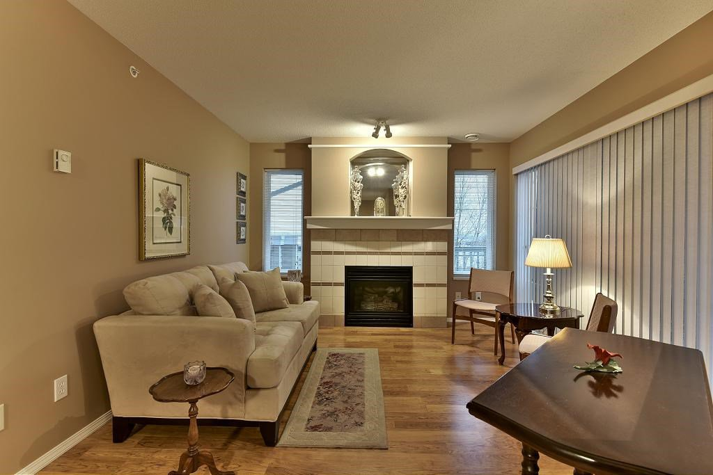 "Photo 4: Photos: 314 6336 197 Street in Langley: Willoughby Heights Condo for sale in ""THE ROCKPORT"" : MLS®# R2131786"