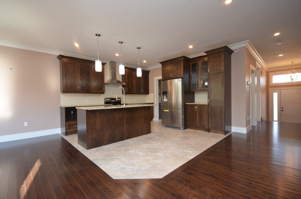 Photo 8: Photos: : Residential for sale