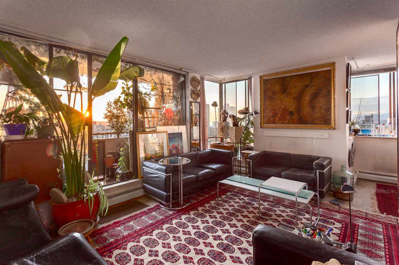 """Main Photo: 1203 1127 BARCLAY Street in Vancouver: West End VW Condo for sale in """"Barclay Court"""" (Vancouver West)  : MLS®# R2220917"""